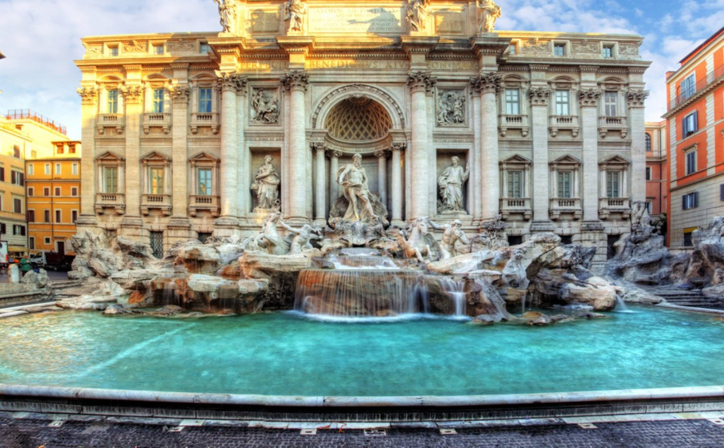 jam-trevi-fountain